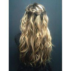 love, love this hair style