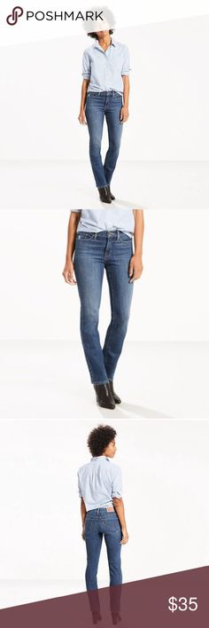 Levis 312 Mid Rise Slim Jeans Product details DETAILS Style meets next-level shaping. Your favorite jeans with stealth technology that slims, smoothes and enhances. With a slim leg opening, these jeans feature a flattering mid rise and tummy-slimming technology that does exactly what it says. Added stretch ensures that you stay comfortable all day long and maximum recovery means they keep the shape you love. MATERIALS - 60% Cotton, 22% Viscose, 16% Polyester, 2% Elastane (Mid Stretch Denim)…