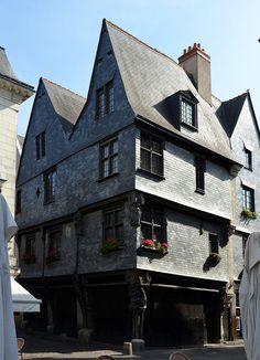 Maisons 15ème siècle  Tours (37)