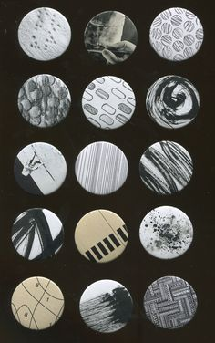 Chapas Realizadas con diferentes técnicas ( frotage, pintura seca, collage, etc.)