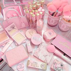 We are here to make you fall in love with fairytale beauty essentials! The most glamorous beauty brushes out there! Bedroom Wall Collage, Photo Wall Collage, Pink Wallpaper Iphone, Aesthetic Iphone Wallpaper, Pink Love, Cute Pink, Tout Rose, Baby Pink Aesthetic, Pink Themes
