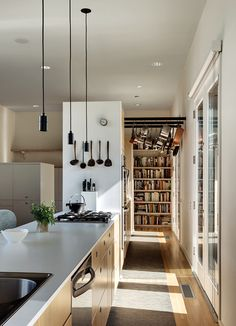 Ideal Get the right IKEA appliances for your kitchen u video Espacios Pinterest Ikea Videos and Watches