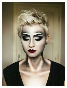 Want everyone to have contour, to create subtle gaunt look | One ...
