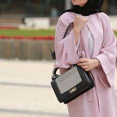 "960 Likes, 4 Comments - Salam Agha |  (@pinky.heejab) on Instagram: "" #pinkyheejab #hijabblog #hijabfashion #myhijab #hijabmuslim #hijaboutfits #hijabchic…"""