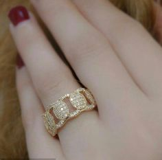 Gold Jewelry Simple, Gold Wedding Jewelry, Gold Rings Jewelry, Jewelery, Art Deco Diamond Rings, Diamond Jewellery, Mini Hoop Earrings, Nail Ring, Jewelry Patterns