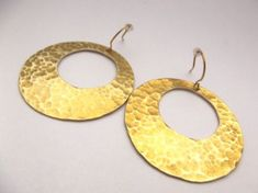 Hajnalgyöngy - Üdvözöllek boltomban Crochet Earrings, Jewellery, Handmade, Hand Made, Jewels, Jewelry Shop, Jewerly, Craft, Jewelery