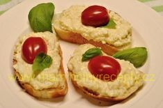 Celerová pomazánka s vejci – Maminčiny recepty Baked Potato, Potatoes, Baking, Ethnic Recipes, Food, Potato, Bakken, Essen, Meals