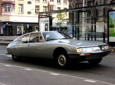 Few car designs have better captured the culture and style of their country of origin than the CItroen SM. Stunning from any angle, and without a derivative line anywhere to be found. Citroen Ds, Maserati, Space Car, Shopping Places, Automotive News, Amazing Cars, Exotic Cars, Peugeot, Classic Cars