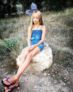Little Girl Models, Cute Little Girl Dresses, Cute Young Girl, Cute Girls, Preteen Girls Fashion, Teen Girl Outfits, Tween Girls, Girl Fashion, Fashion Clothes
