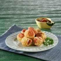 ROTI GORENG SOSIS  http://www.sajiansedap.com/recipe/detail/20399/roti-goreng-sosis#.U_w7WvmSzAY