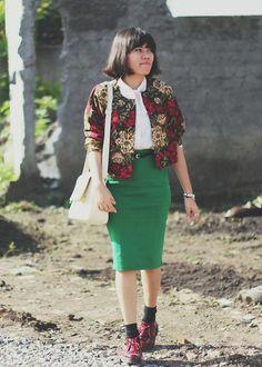 Ebay Green Skirt, B Il(I)Ngua L At Lou Belle Shop (Bandung) Boots, Thrift Store Outwear, Gaudi Bag