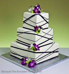 Ribbons & Bows Wedding Cakes. Interesting....I would add burgundy color flowers instead