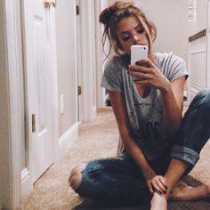 messy buns&mirror selfies