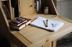 Pine bureaux, office, home office, open