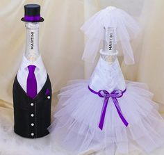 Bottle Centerpieces, Bottle Candles, Lighted Wine Bottles, Wine Bottle Covers, Wine Bottle Art, Diy Bottle, Bridal Wine Glasses, Wedding Glasses, Wine Glass Crafts