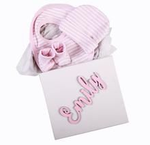 Gift Set 2 - Personalised Box with hat,bib and booties - Little Lumps Baby Clothing Online Personalised Box, Personalized Baby, Baby Clothes Online, Decorative Items, Baby Shop, Baby Shower Gifts, Hat, Clothing, Ideas