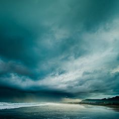 New landscape photography ocean stormy sea Ideas All Nature, Beautiful World, Simply Beautiful, Beautiful Places, Mother Nature, Mother Earth, Landscape Photography, Scenic Photography, Beach Photography