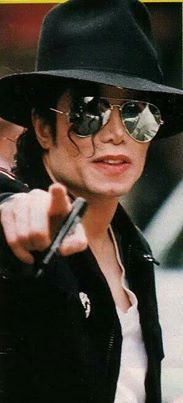 <3 Michael Jackson <3 - I think he wants me to come home with him......