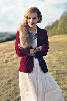 this is so amazing! The amazingness of this outfit is bowling me over! :D I HAVE to do this! I have the fur and the jacket...and if I get the white dress I need for my party, I can do the whole look :D