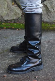 Awesome!! method for making costume boot covers. I never thought of using newspaper and tape to create the pattern!