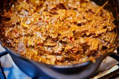 Rendang from scratch Indian Food Recipes, Asian Recipes, Vegetarian Recipes, Good Food, Yummy Food, Dutch Recipes, Asian Cooking, Slow Cooking, Indonesian Food