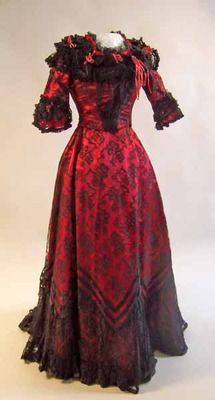 dress ca. 1899 via Manchester City Galleries