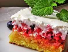 red currant cake - tried - approved :) Czech Recipes, Russian Recipes, Cake Recipes, Dessert Recipes, Quick Snacks, Vanilla Cake, Catering, Sweet Tooth, Cheesecake