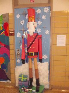 Christmas Door Decorating Contest Winners | door3