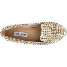 Steve Madden Studlyy ($70) ❤ liked on Polyvore featuring shoes, flats, sapatos, zapatos, studded flat shoes, studded flats, steve madden, sparkly shoes and sparkly flat shoes