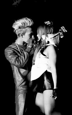 """GD Jiyong / G Dragon ♡ """"One of a Kind: The Final in Seoul"""" at Olympic Park Stadium in Seoul --- with CL Daesung, K Pop, Gd And Cl, G Dragon Black, Gd & Top, Rapper, I Am Jealous, Lee Chaerin, Cl 2ne1"""