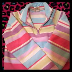 Old Navy Sweater Great condition. Been worn. Old Navy Sweaters