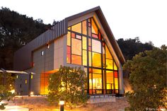 beautiful LEED Gold Shale Oak Winery in Paso Robles, California