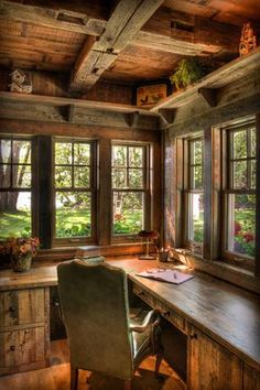 129 Rustic Workspace Furniture and Interior Design Inspirations www.futuristarch… 129 Rustic Workspace Furniture and Interior Design Inspirations www. Cozy Home Office, Cabin Office, Corner Office, Corner Desk, Cottage Office, Writing Corner, Writing Area, Cozy Corner, Small Office