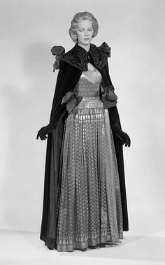 Evening cape  Elsa Schiaparelli (Italian, 1890–1973)  Date: winter 1937