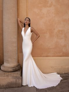 Pronovias Fashion EUREKA The Wedding Plaza, Floral Park NY, Long Island's best Designer Bridal Gowns, Mother's Dresses Bridesmaid, and Tuxedos Pronovias Wedding Dress, Couture Wedding Gowns, Sexy Wedding Dresses, Wedding Dress Shopping, Elegant Wedding Dress, Bridal Dresses, Celebrity Wedding Dresses, Happy Brautmoden, Vows Bridal