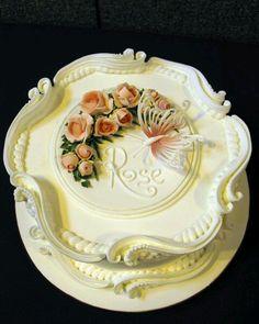 Dort šlehačkový * narozeninový - zdobený růžemi a motýlem.