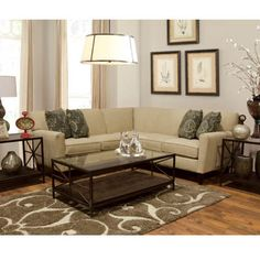 Collegedale 2 pc Sectional - Bernie And Phyls