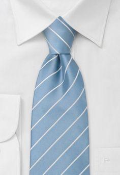 Corbata celeste rayas finas blancas http://www.corbata.org/corbata-celeste-rayas-finas-blancas-p-11256.html