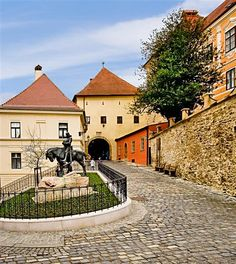 Kamenita vrata, Zagreb, Croatia, http://smart-travel.hr/en/locations/croatia/zagreb/