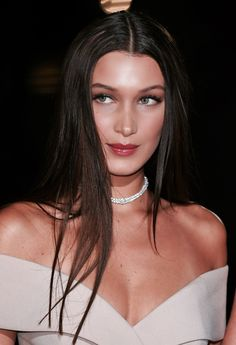 "Congratulations Bella Hadid to winning the Hugo Boss ""Model of the Year"" Award at the GQ Awards in London. Sep model Bella Hadid in Hugo Boss custom… Bella Gigi Hadid, Bella Hadid Style, Isabella Hadid, Gq Awards, Dior, Gq Men, Lip Piercing, Piercings, Makeup Looks"