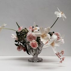 Discover recipes, home ideas, style inspiration and other ideas to try. Floral Wedding, Wedding Bouquets, Wedding Flowers, Floral Centerpieces, Floral Arrangements, Table Arrangements, Party Centerpieces, Flower Arrangement, Cut Flowers