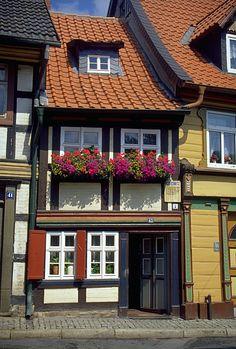 Datei:WernigerodeSmallestHouse.jpg – Wikipedia