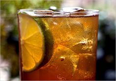 Italia Libera (white rum, amaro, lemon juice, simple syrup, seltzer). Photo: Andrew Scrivani for The New York Times