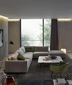 Schöne in der Decke versteckte Gardinenleiste in Kombination mit indirekter Beleuchtung