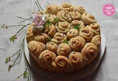 Brotbacken – schön & schnell! Brotrose und Rosen-Chiabrot - sugar&rose Apple Pie, Garlic, Vegetables, Desserts, Food, Bread Baking, Hemp Seeds, Food Food, Tailgate Desserts