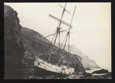 """Marie-Celine"" wrecked at Gerrans Bay  (Postcard) Cornwall"