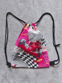 Dětské batůžky do školky či na výlet rozměr 26x33 cm, cena 99Kč