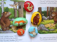 gruffalo painted on rock Pebble Painting, Pebble Art, Stone Painting, Gruffalo Party, The Gruffalo, Reggio Inspired Classrooms, Story Sack, Nursery Activities, Infancy