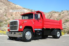 1987 Ford L8000 Dump Truck   1987 Ford L8000 Dump Trucks photo 8