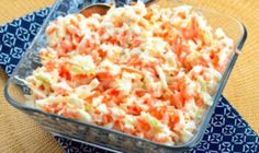 KFC Copycat Coleslaw - Oh yea! This coleslaw recipe is a spot-on KFC copycat coleslaw! If you like sweet and tangy chopped coleslaw this is definitely the recipe to use. Copycat Kfc Coleslaw, Vegan Coleslaw, Coleslaw Salat, Law Carb, Top Secret Recipes, Kfc Secret Recipe, Cooking Recipes, Healthy Recipes, Restaurant